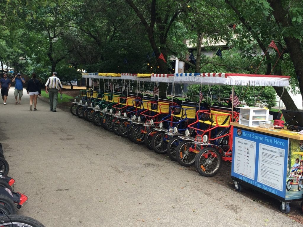Chicago bicycle rentals bike tours