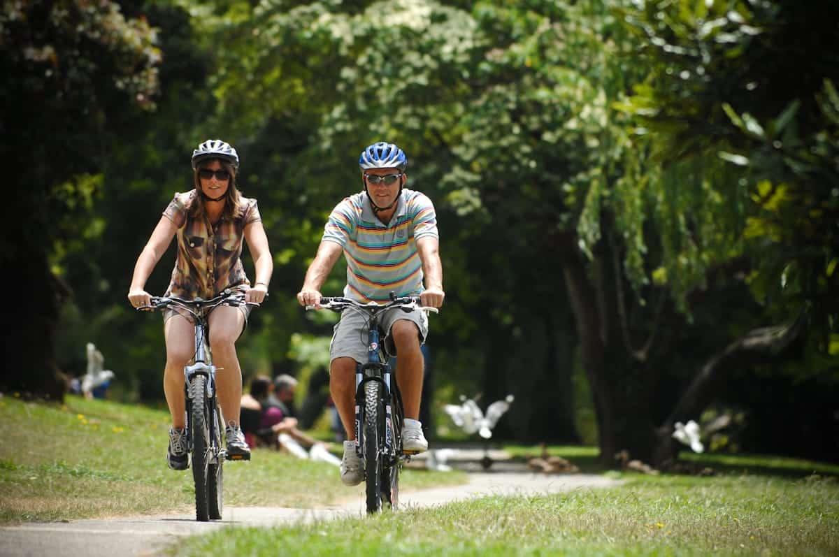 Couple on a bike tour