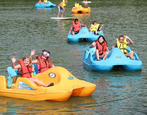 pedal boat rentals in Minneapolis, MN