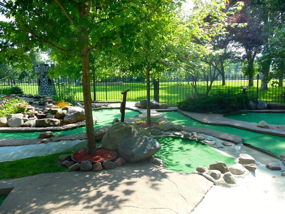 MN-St.Paul-mini-golf-como-park-hole-2